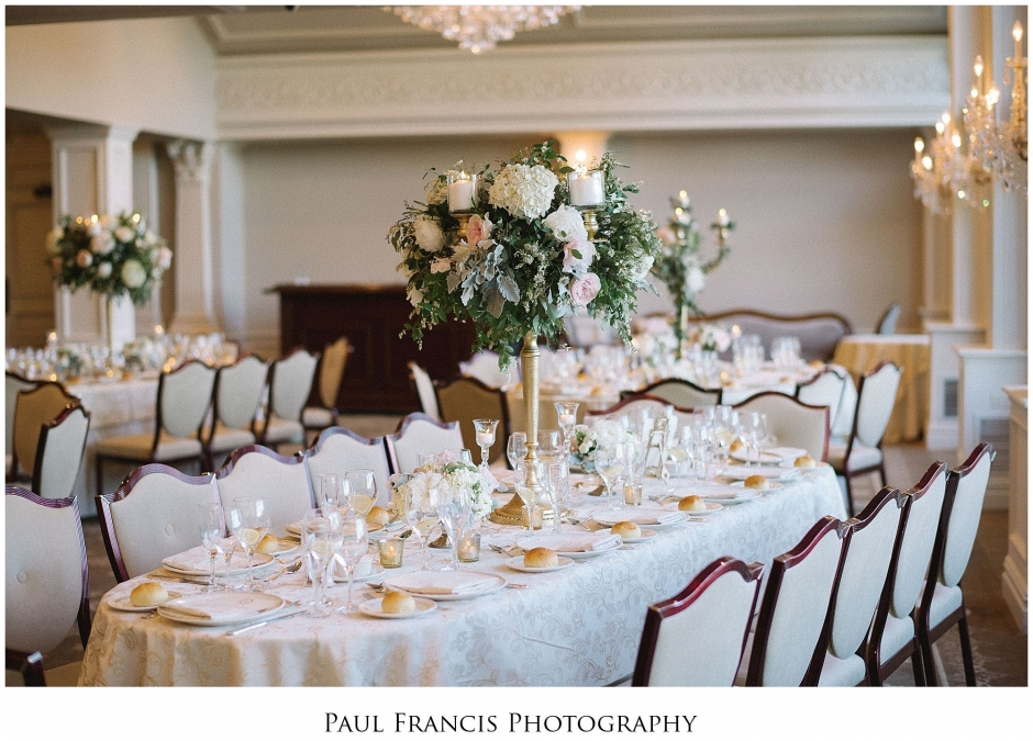 Beautiful Bridal Suite Grounds Ballroom Windows For The Perfect Light